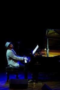 Freedman Awards Tal Cohen piano by Shane Rozario- 416 small