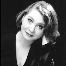 Jenny Duck-Chong, mezzo-soprano